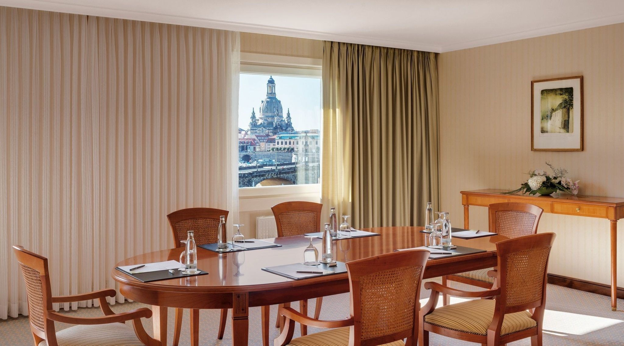 Boardroom 324 im The Westin Bellevue Dresden